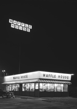 fuckeveryonebuymeavw:  plaintshirt:  Waffle House, Blue Lick Road. Louisville, KY.  Fuck. Miss those random road trips that lasted hours just to get fucking WH!