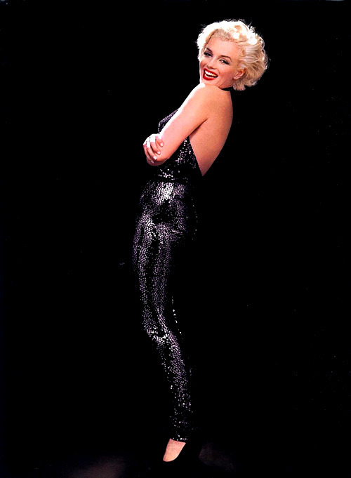Marilyn Monroe photographed by Richard Avedon, 1958.