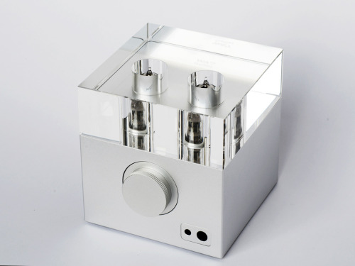 State-of-the-art tube headphone amp. Makes it hard to close your eyes when listening to music.