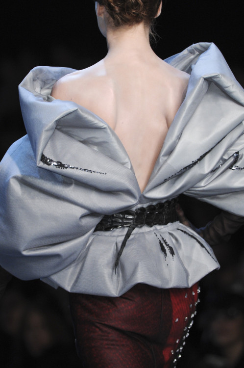 magico-valentino:  Detail at Christian Dior Haute Couture S/S 2011