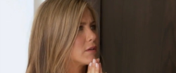 (via Jennifer Aniston, Matthew Perry, Courteney Cox renunite for 'Ellen' sketch, plus outtakes (Videos))