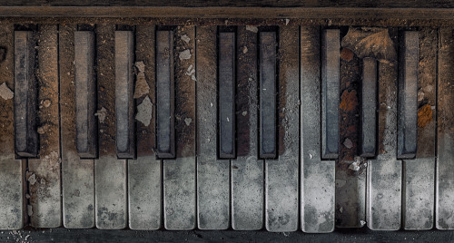 howyadointoday:  sad piano by ~christian-richter