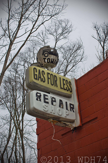 Gas For Less on Flickr.