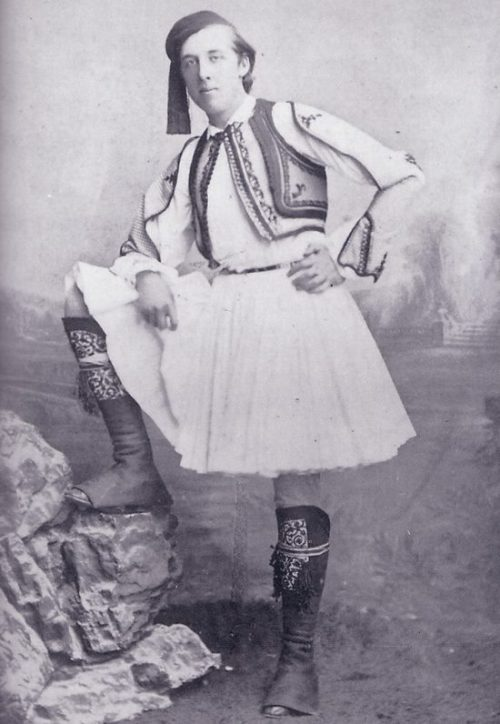 redguitarrr:  1877: Oscar Wilde in Greek National Costume from : Retronaut