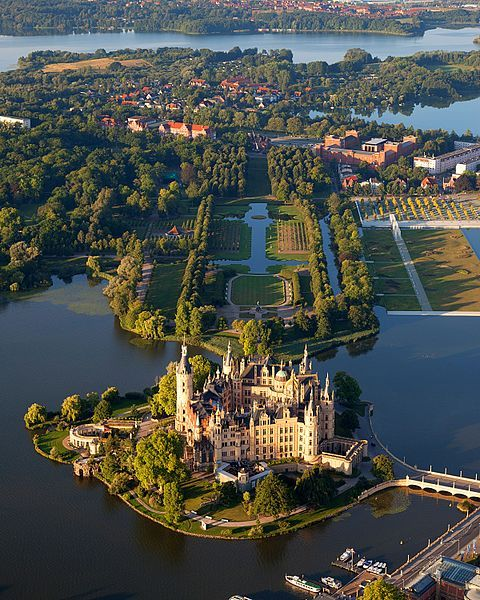 visitheworld:  Aerial view of Schwerin Castle, Mecklenburg-Vorpommern, Germany.