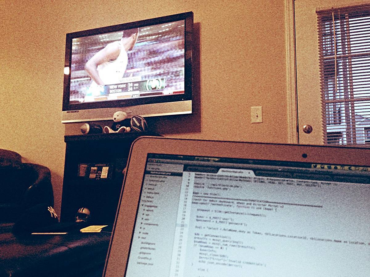 Friday night coding with the game on. #whenimatmybest ➹ Richmond http://tadaa.im/KftRkx