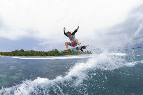 ozzie wright, mentawais. photo: stafford