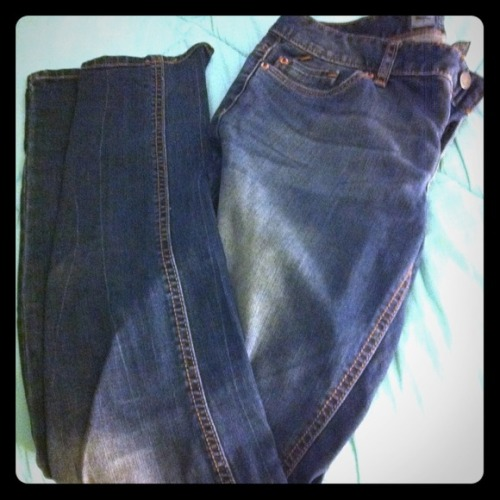I just added this to my closet on Poshmark: Mossimo Skinny Jeans. (http://bit.ly/11QciiS) #poshmark #fashion #shopping #shopmycloset