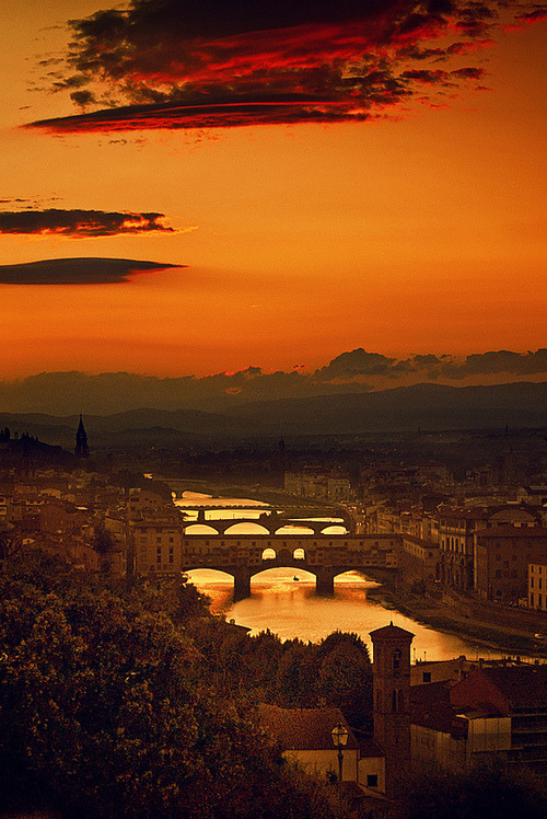 threesixtytravel:  The four bridges of Florence, Italy