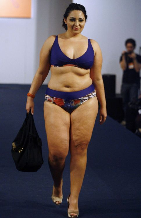 unapologeticfatty:  Wow would you look at that, an actual plus size model. You can have rolls and cellulite and jiggly bits all over.  It's okay.  Really, it is. I promise.