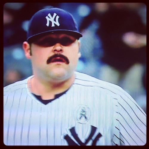Game Highlights: Joba Chamberlain delivers a pizza to Kevin Youkilis in the top of the 9th inning. (5-2 Red Sox)