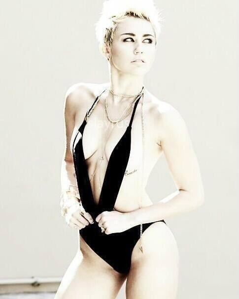Mileys Single photoshoot!