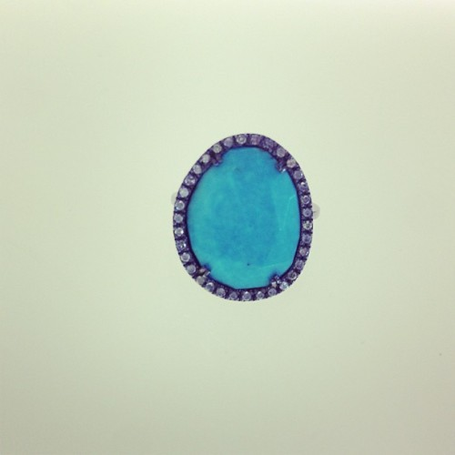 Dinah ring with a turquoise stone and ice diamonds #dinah #collection #ring #silver #turquoise #diamonds #lovetouspics #tousbocaraton #tousjewelry #tous
