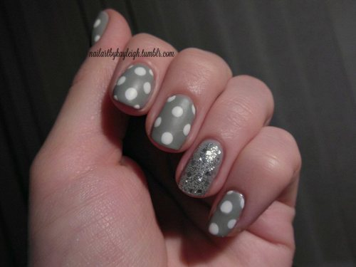 "matte grey with polka dots and silver glitter! simple and classy, love it!! i played with the luminance curve in an editing program to make it look less ""indoor lighting-y"" and I think it looks better this time… :)"