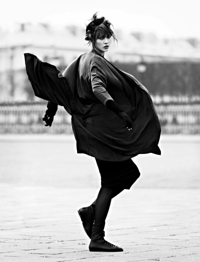 modelta:  Vogue Paris: March 2013Karlie Kloss by Lachlan Bailey