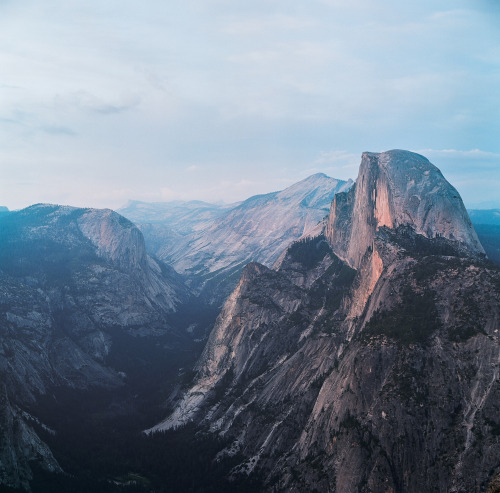 www.boulderingonline.pl Rock climbing and bouldering pictures and news 0-u-t-s-i-d-e: brianfulda:Roadtrip for the weekend. Yosemite,...