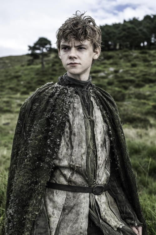 So glad to see Thomas Sangster in Game of Thrones as Jojen Reed! Not only does this character have seriously interesting potential, but Sangster is a great young actor and can do awesome things with this character. Plus, he is very charming and attractive, which can't hurt. :-)