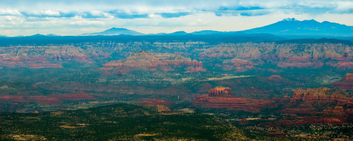 This was the view as we approached Sedona from the south. Absolutely amazing. The Sedona airport rests on top of the plateau in the center right of the photo.