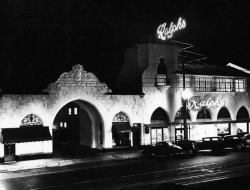 losangelespast:  The Pasadena Ralphs on Lake Avenue, night, 1929. Yet another beautiful design by Morgan, Walls & Clements (Miracle Mile Ralphs, Chapman Market), this building was demolished in the 1970's.   Is there a Ralph's around here?