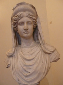 lilacvegetal:  Demeter (Ceres)Roman copy of the 2nd century A.D. after a Greek model of the 5th—4th centuries B.C.