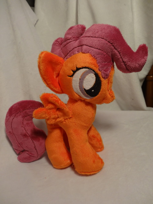 And here is the final result for little Scootaloooo~ :D So came out amazingly well, in my opinion~ Qu Q;;;
