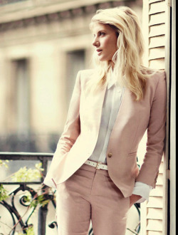 Mélanie Laurent - Vogue (January 2013)  oh my god everything about this is life goals tbh