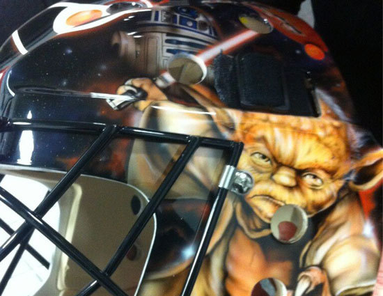 Pic: Bryzgalov's Goalie Mask Fail. Can you spot the error?