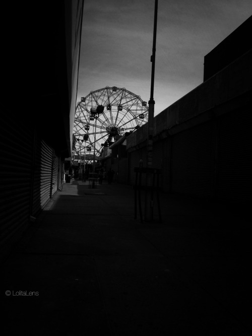 """Treat life like a Ferris Wheel ride…you must get past the fear to enjoy the view."" — Linda Poindexter  Coney Island, Brooklyn NYC"