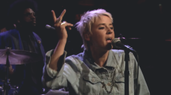 catdad:  Cat Power - Manhattan (Live 4/5/2013 - Late Night with Jimmy Fallon
