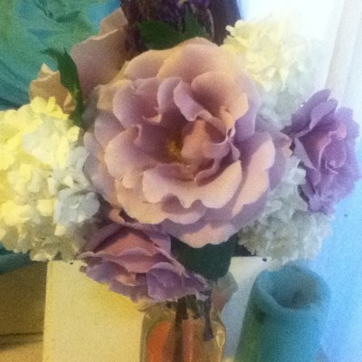 Lavender Grandiflora roses from the garden. 💜🌹