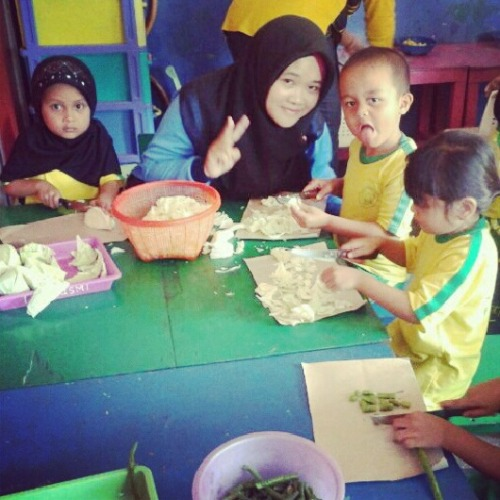 "They are pieces of my journey"",  »>Happy cooking class with my cutes childs :))"
