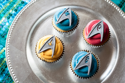 fattributes:  Star Trek Almond and White Chocolate Cupcakes
