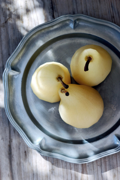 Poached Pears II by Rosa's Yummy Yums on Flickr.