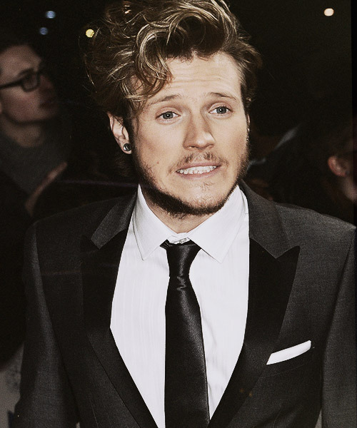 claulovemcfly:  Dougie's beard so cute    oh good gracious me.