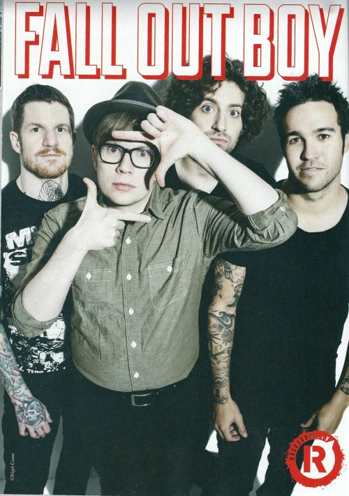 welcometofuckingwonderland:  Fall Out Boy in Rocksound