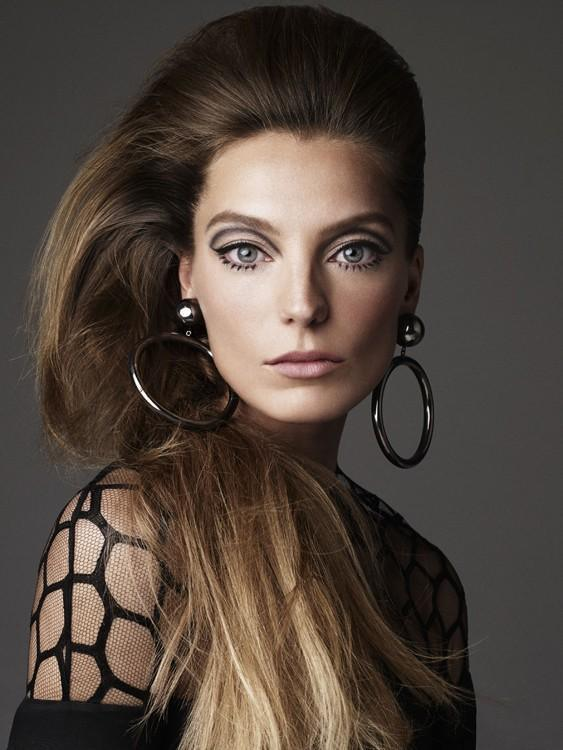 stormtrooperfashion:  Daria Werbowy by Victor Demarchelier for Stylist Magazine, April 2013