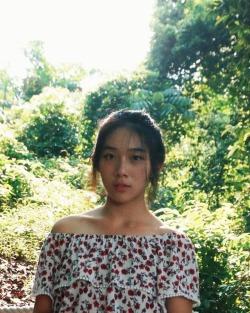 bangbangpawpaw:WHO IS THIS GIRL?! PM ME IF U KNOW
