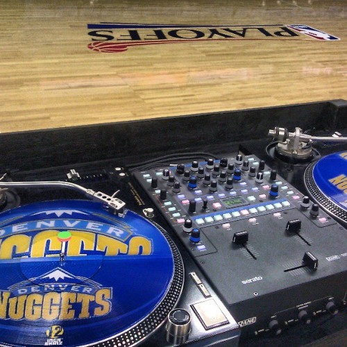 chriskarnsmusic:  All set for my halftime performance tonight! #Nuggets vs #Warriors game 2 #nba #playoffs