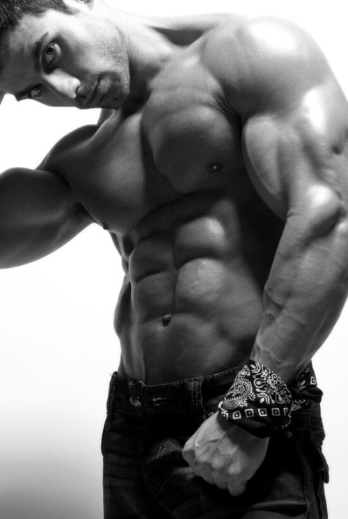 loveperfectdudebody:  Power Muscle!