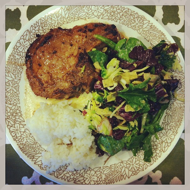 Mamoy Time! (#food #porkchop #kale #salad #citrusdressing) (at Fireside Local)