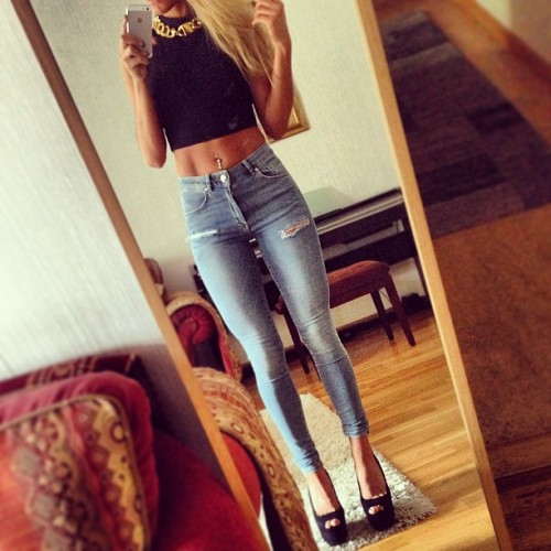 instagram-girlz:  http://instagram-girlz.tumblr.com  @skopljak