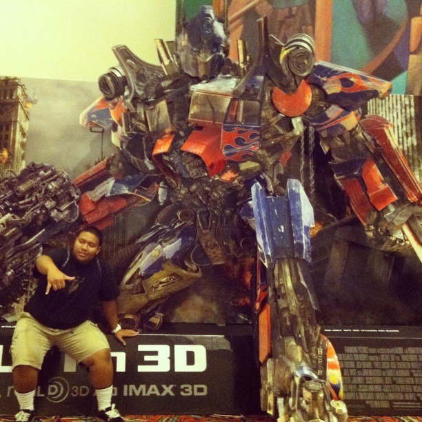 #tbt when I used to be close with Optimus Prime. #FriendsInHighPlaces #AutobotsOrDie