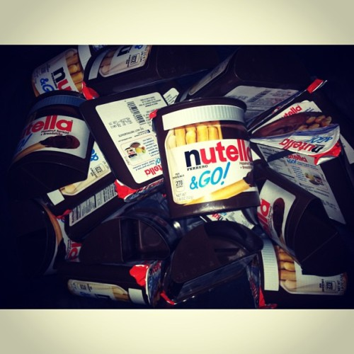 me-cago-en-ti:  Pa casa :B #nutella #chocolate #yum #candy