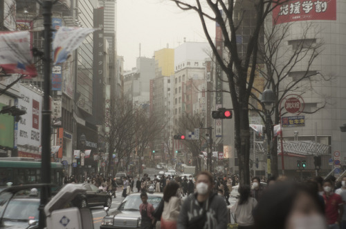 pilyohae:  春の渋谷 by sabamiso on Flickr.