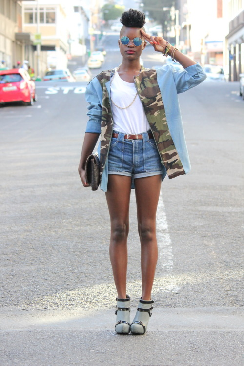 blackandkillingit:  fuckyeahdarkgirls:  fuckyeahdarkgirls!  Black Girls Killing It Shop BGKI NOW