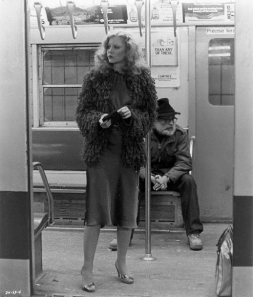 laurapalmerwalkswithme: