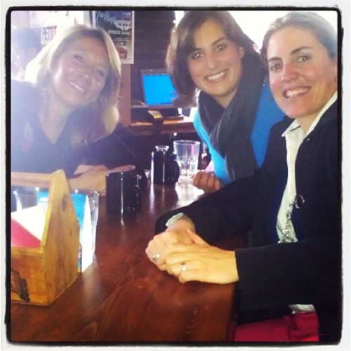 Business meeting in #whistler  with @impactresults #womenentrepreneurs #entrepreneurlifestyle  (at El Furniture Warehouse Whistler)