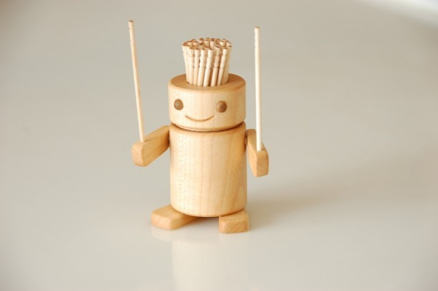 cutesign:  Robotakun is a cute toothpick holder by SOETACRAFT. ❥cutesign