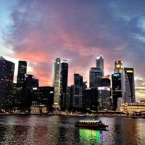 Awesome #sunset on a #Saturday #evening at #MarinaBay #Singapore