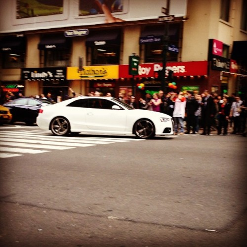 RS5 #carspotting #cars #nyc #inthefield
